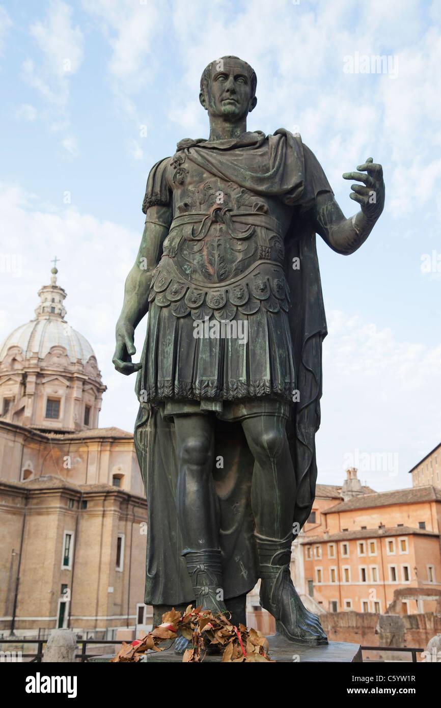 Julius Caesar Statue on the Via Imperiali, Rome, Italy - Stock Image