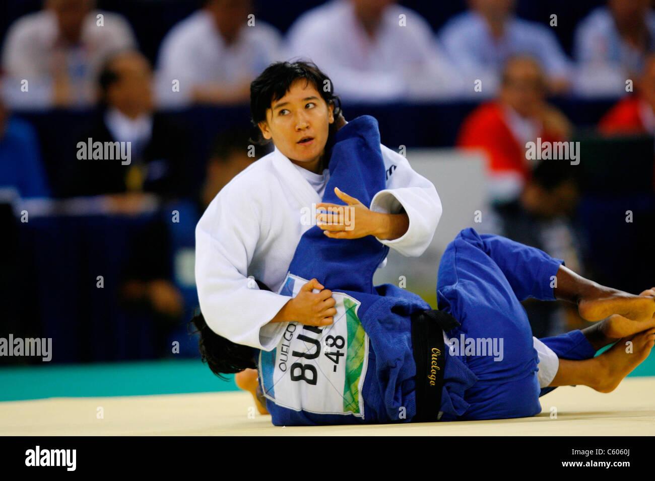 HANATOU OUELOGO KELBET NURGAZ W0MENS -48KG JUDO OLYMPIC STADIUM BEIJING CHINA 09 August 2008 - Stock Image