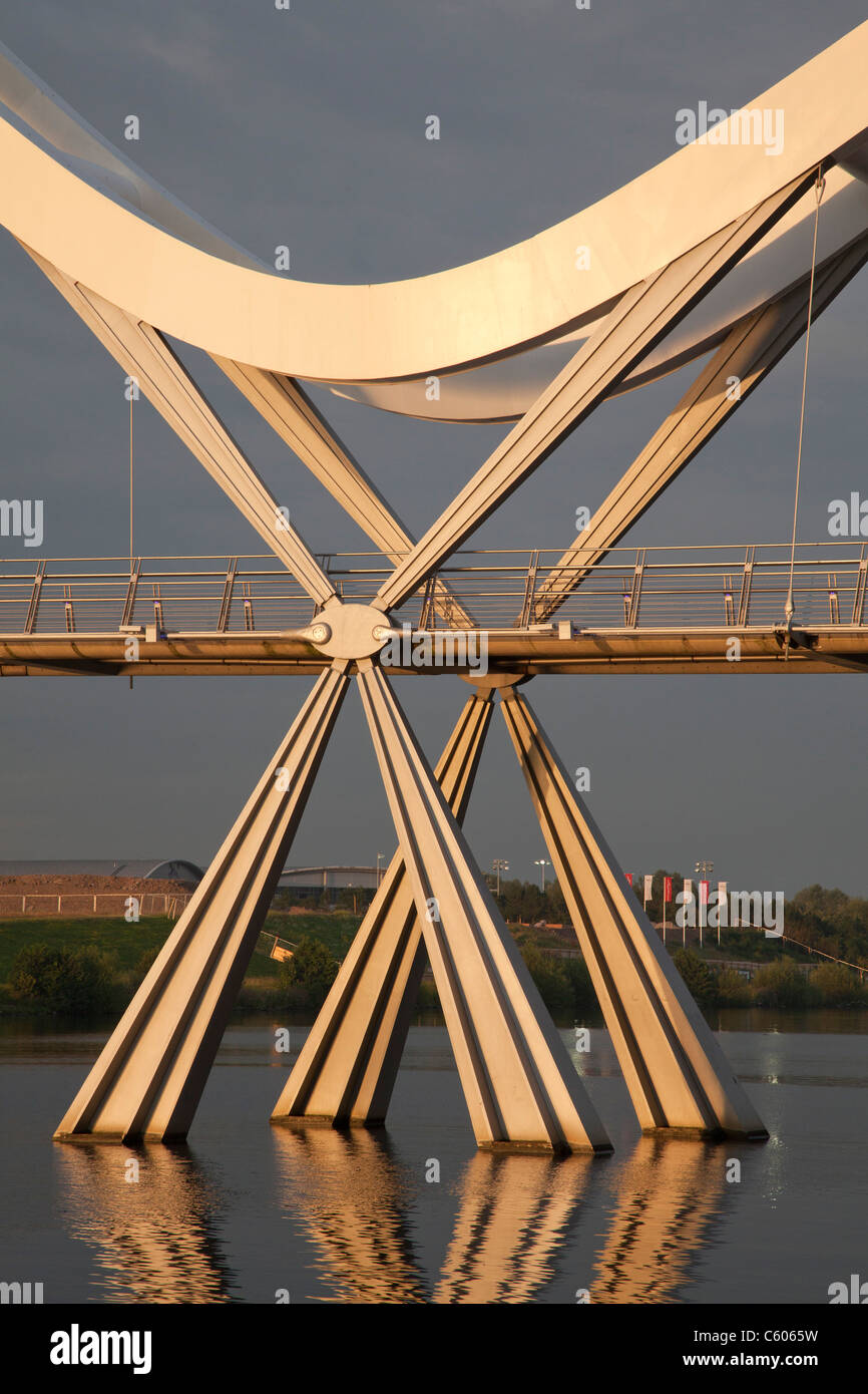 Section of Infinity bridge, Stockton-on-Tees, late afternoon. - Stock Image