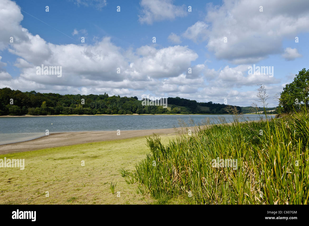 Receding water levels in Ardingly Reservoir - Stock Image