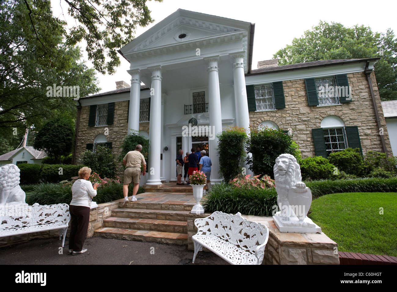 tourists visit graceland mansion memphis tennessee usa - Stock Image