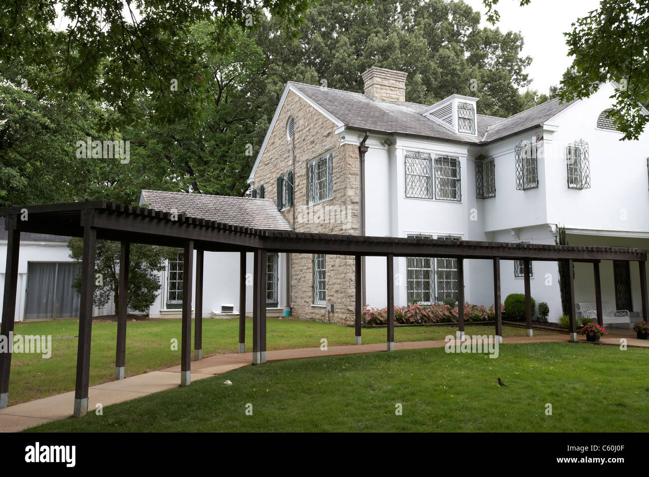 rear of graceland mansion memphis tennessee usa - Stock Image
