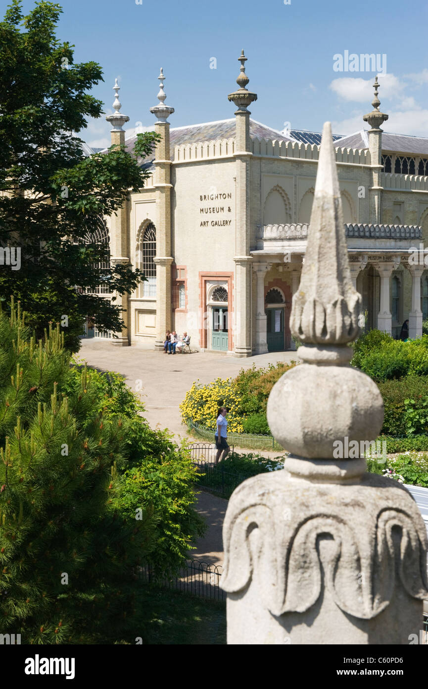 East Sussex Royal Pavilion Brighton Dome Museum & Art Gallery & gardens tourists tourism - Stock Image