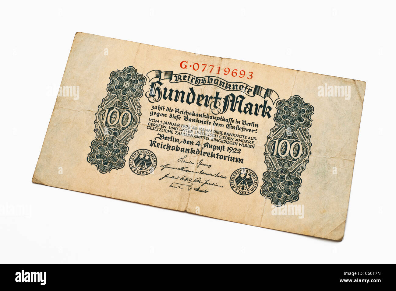 Detail photo of an old German bill of August 4th 1922 about the amount of one hundred reichsmarks Stock Photo