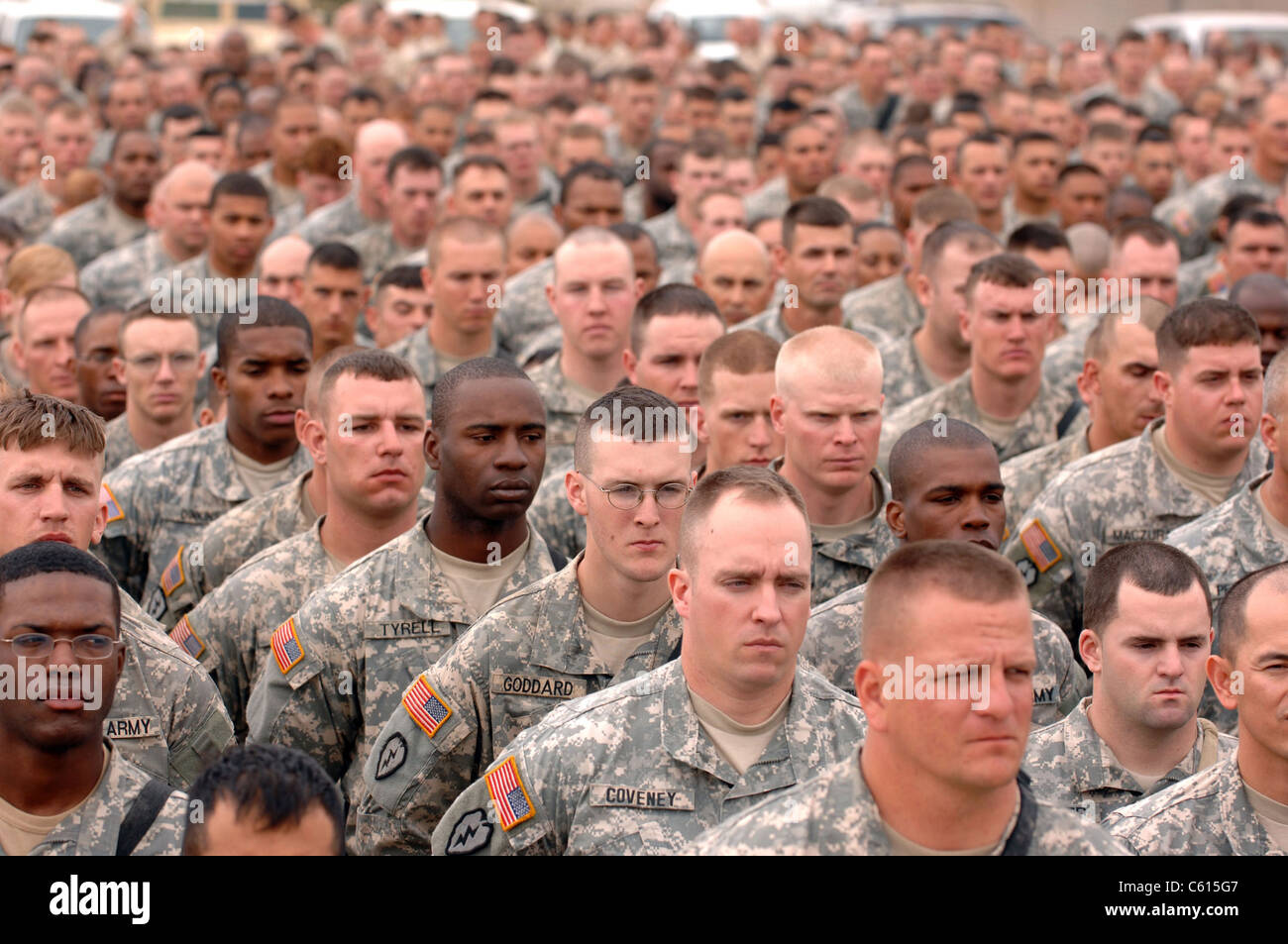 US Army Soldiers at a ceremony to honor fallen service members at Kirkuk Regional Air Base Iraq. April 7 2007. (BSLOC - Stock Image