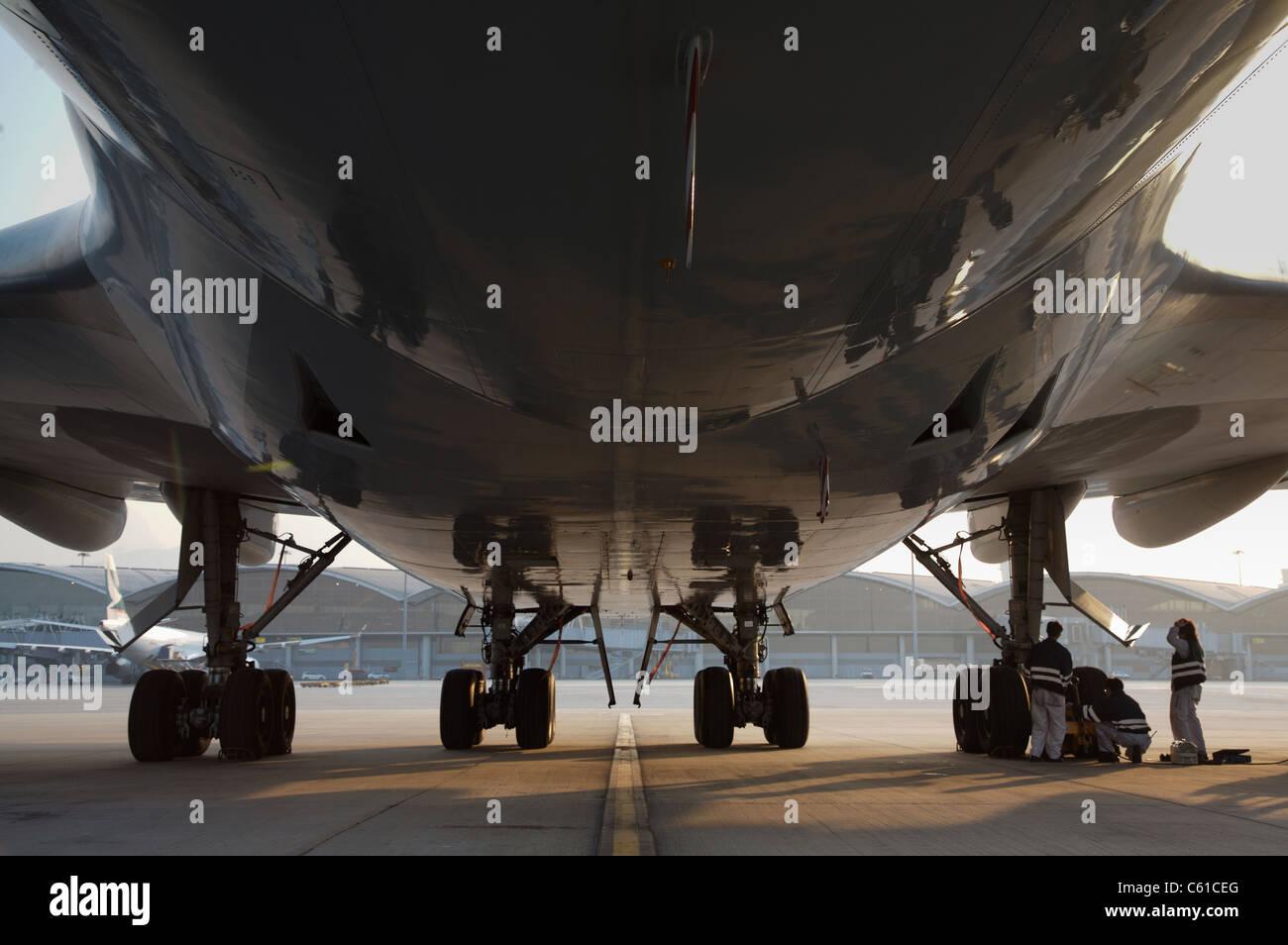 Aeroplane Wheels Stock Photos Amp Aeroplane Wheels Stock