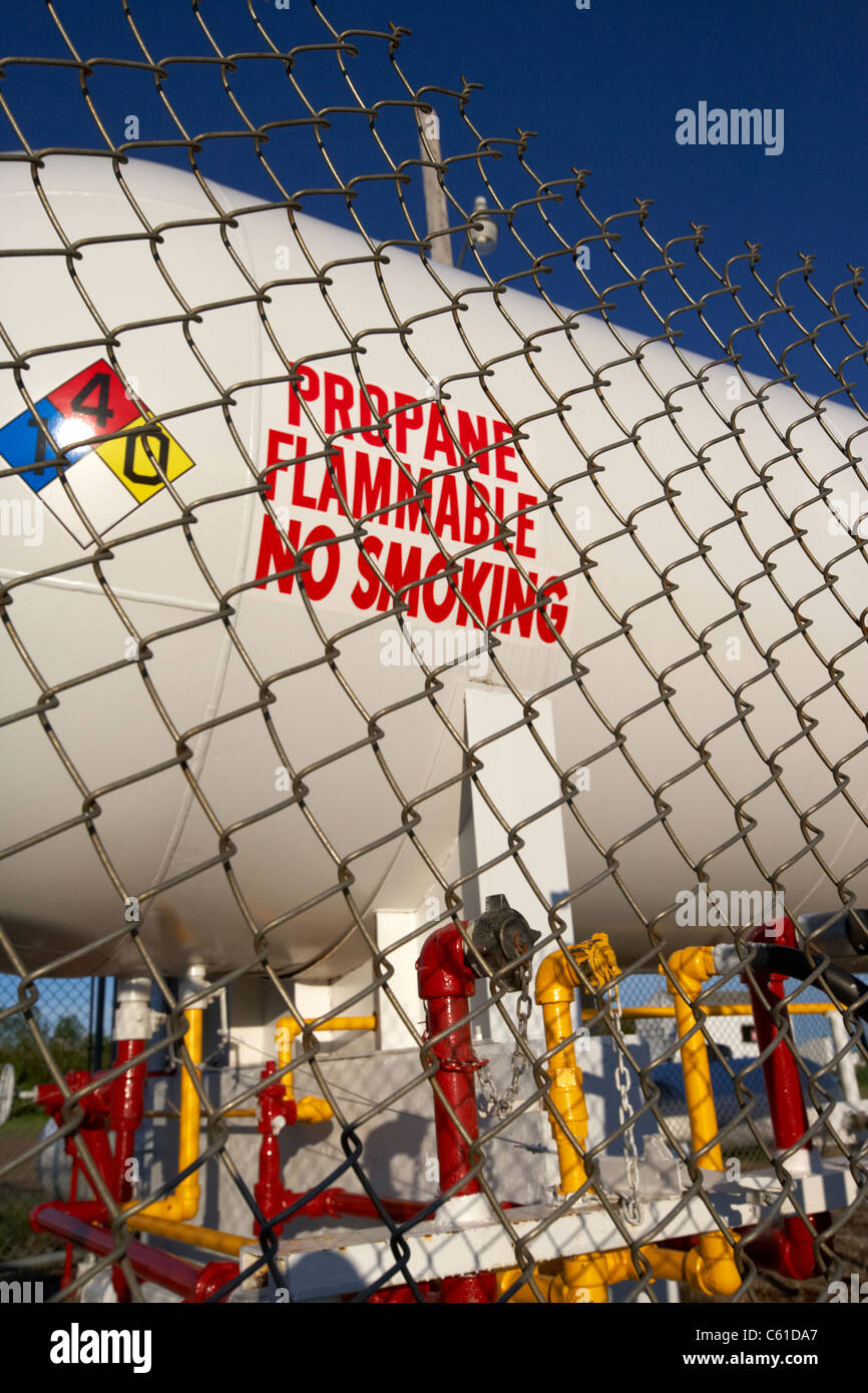 pipes and propane gas fuel storage tank in michigan north dakota united states of america - Stock Image