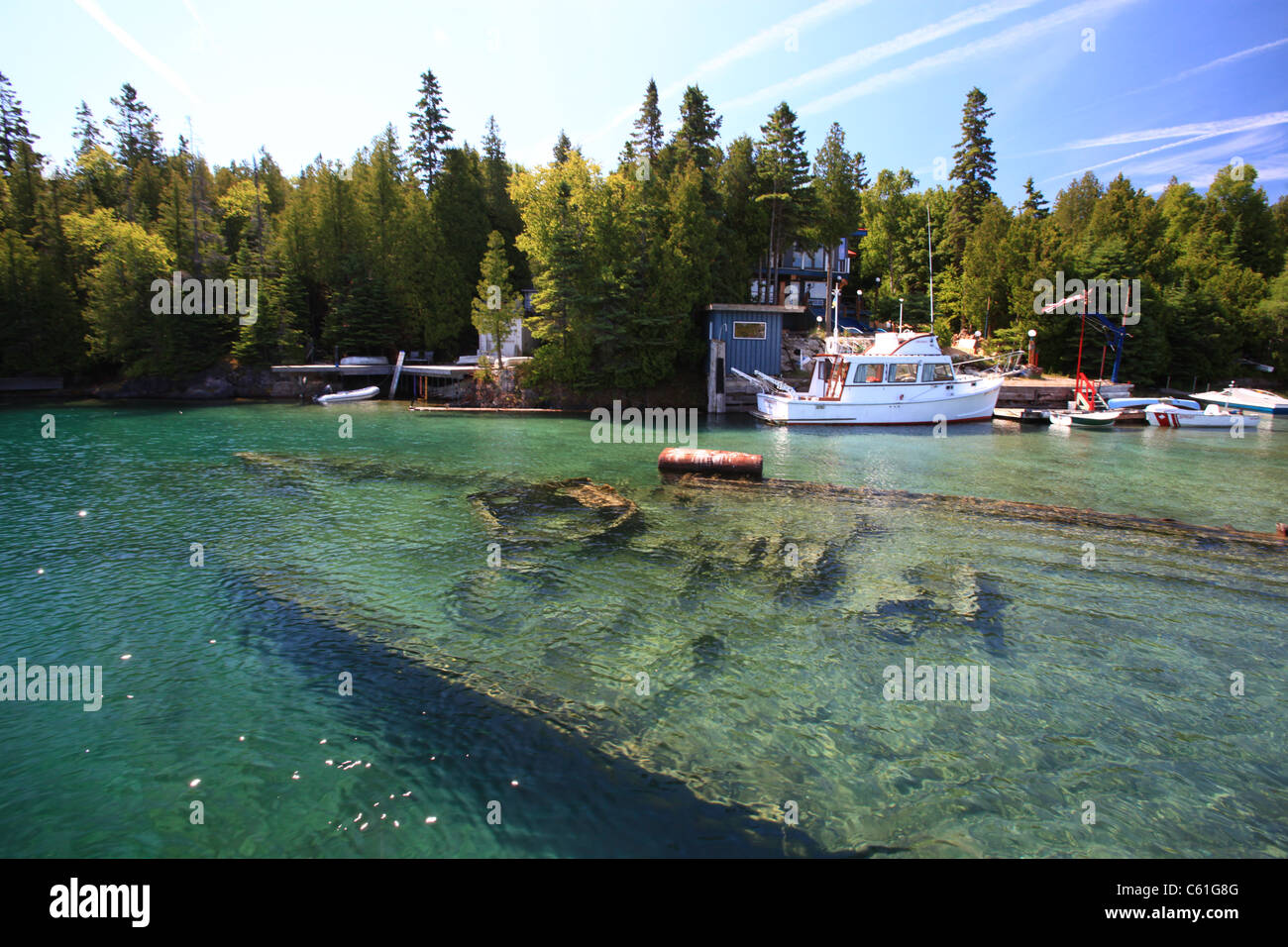 """Shipwreck """"City of Grand Rapids"""" in Big Tub Harbour, Tobermory Stock ..."""