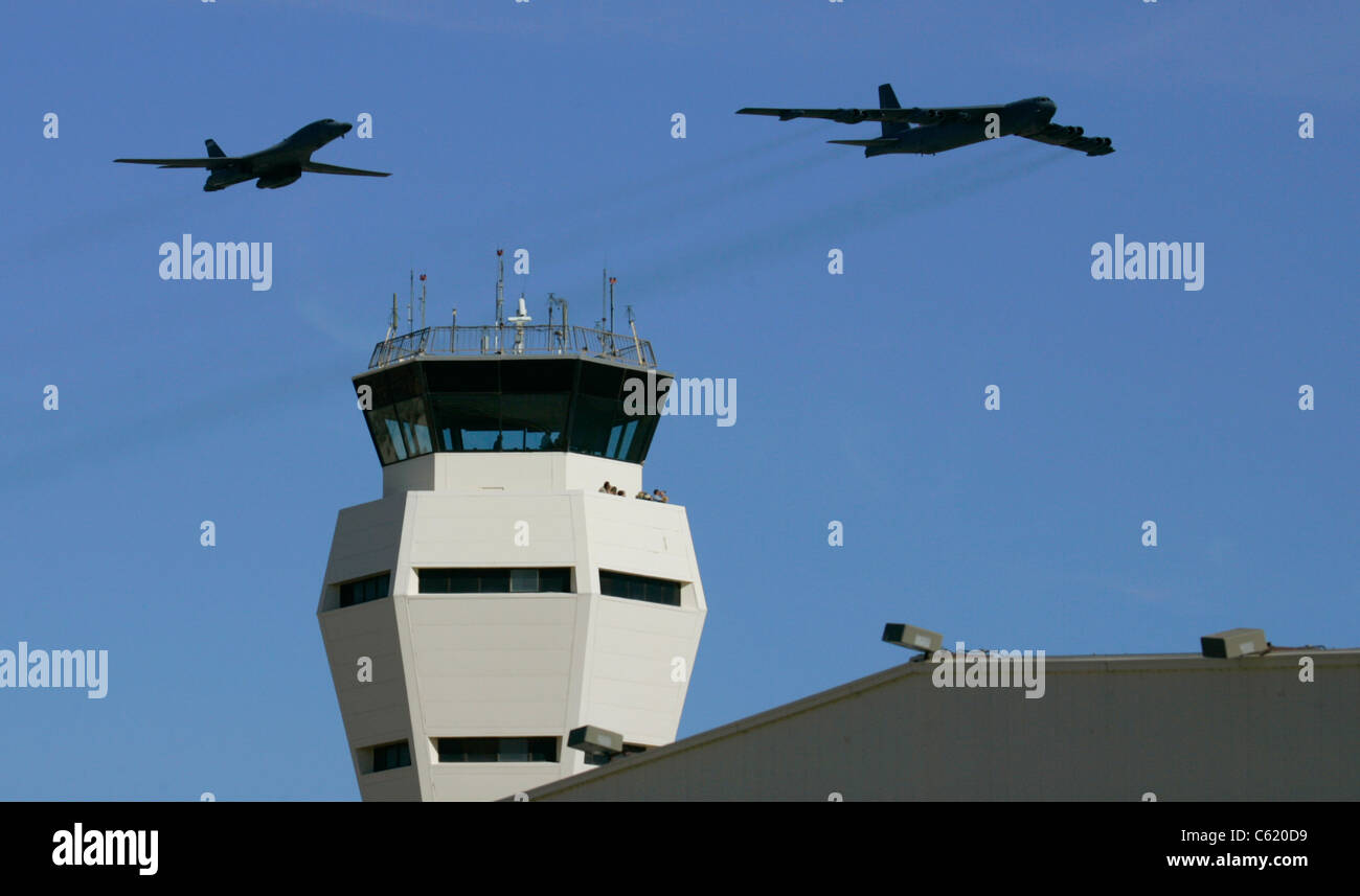 Edwards AFB flyover B-52 B1-B - Stock Image