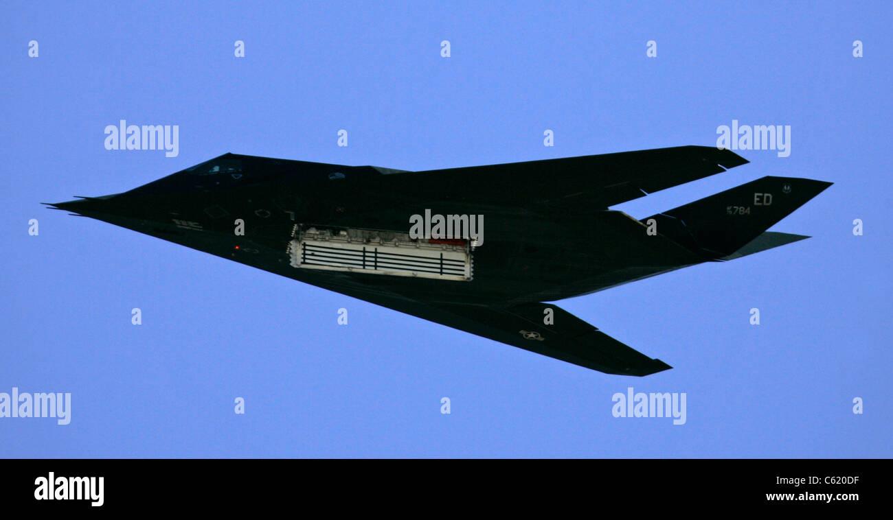 F-117 bomb bay doors open stealth - Stock Image