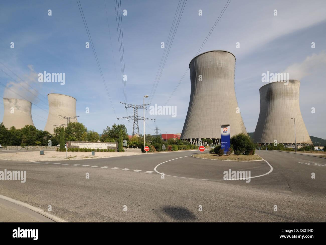 Nuclear power atomic generating station Centre Nucleaire de Production d'Electricite de Cruas Meysse Rhone Valley - Stock Image