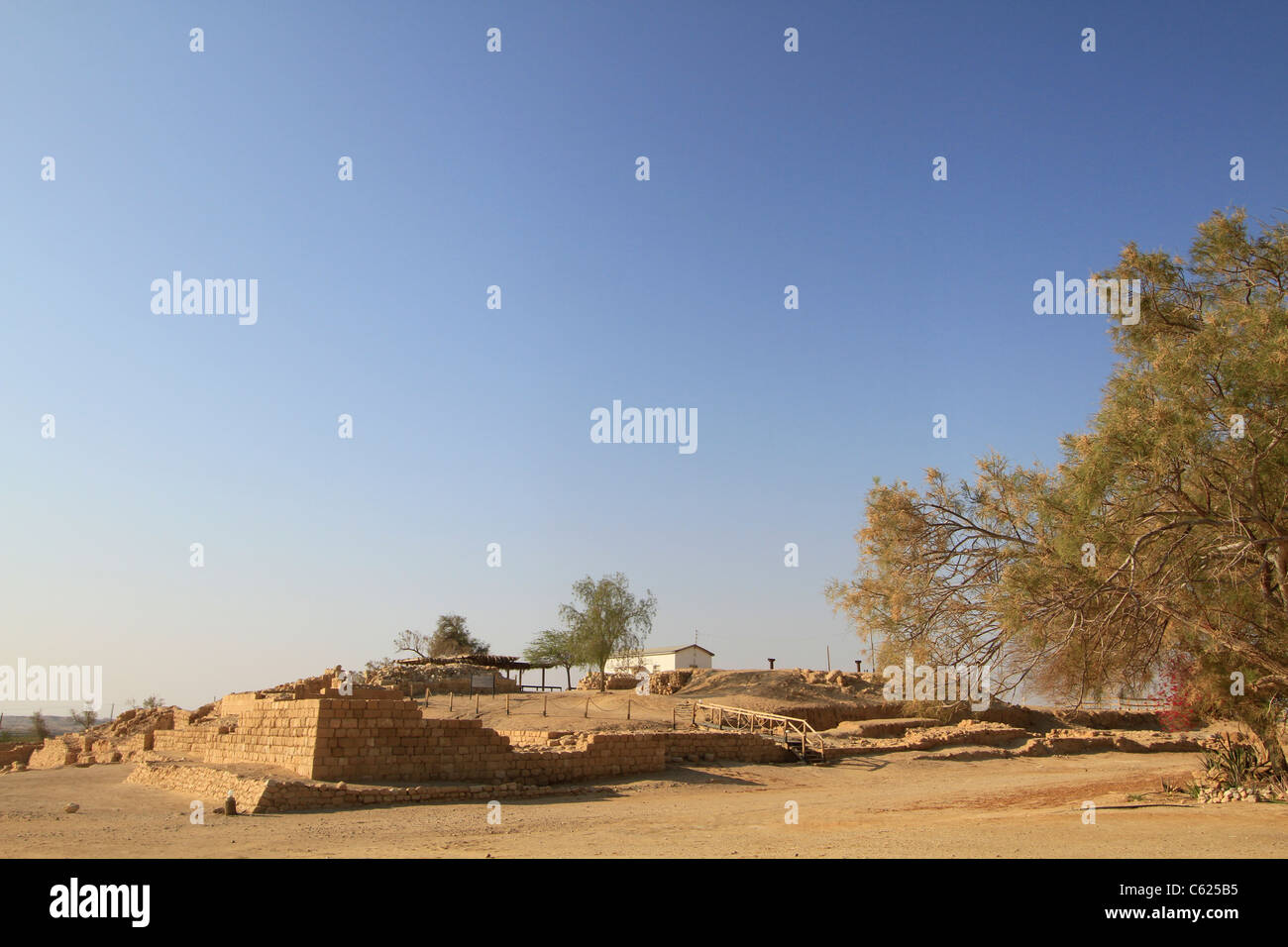Israel, Arava, remains of Israelite fortresses at Ein Hatzeva, site of biblical Tamar, the water well Stock Photo