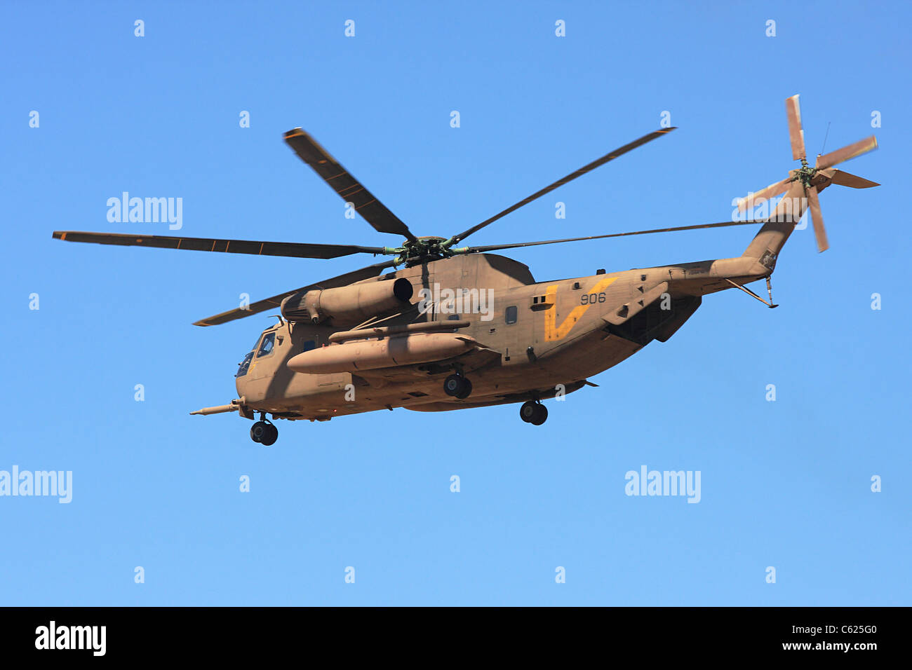 Sikorsky CH-53 of the Israel Defence Forces few moments after take off - Stock Image