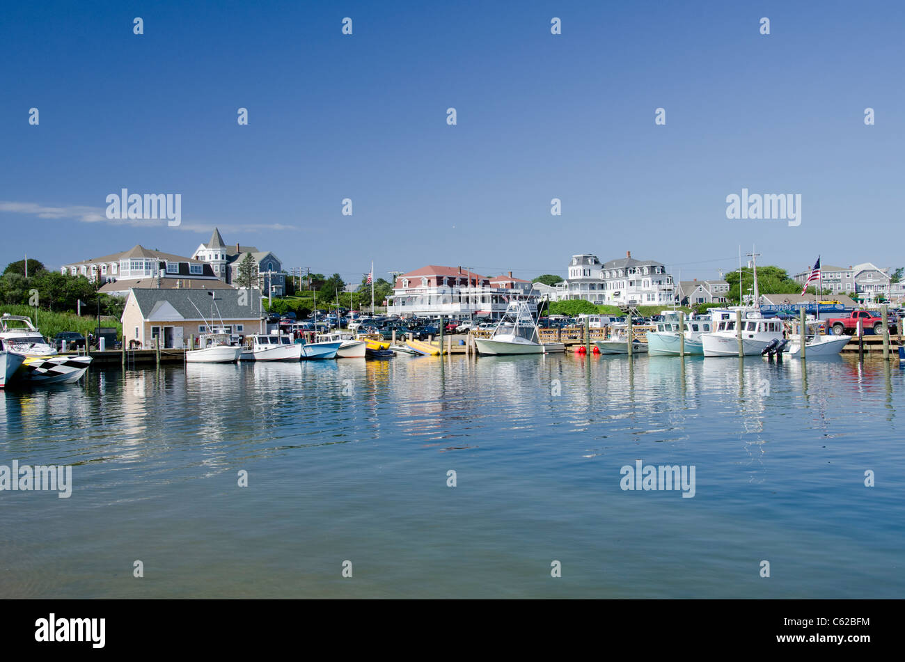 Rhode Island, Block Island (aka New Shoreham). The scenic harbor area of downtown Block Island. - Stock Image