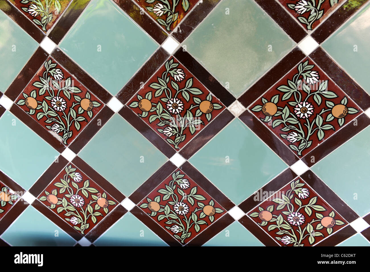 Victorian Ceramic Tiles High Resolution Stock Photography And Images Alamy