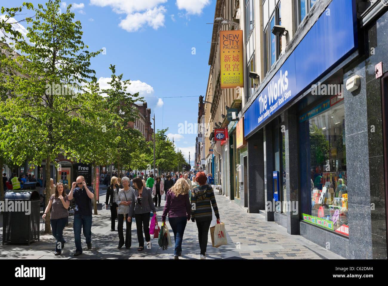 Shops on Sauchiehall Street in the city centre, Glasgow, Scotland, UK - Stock Image