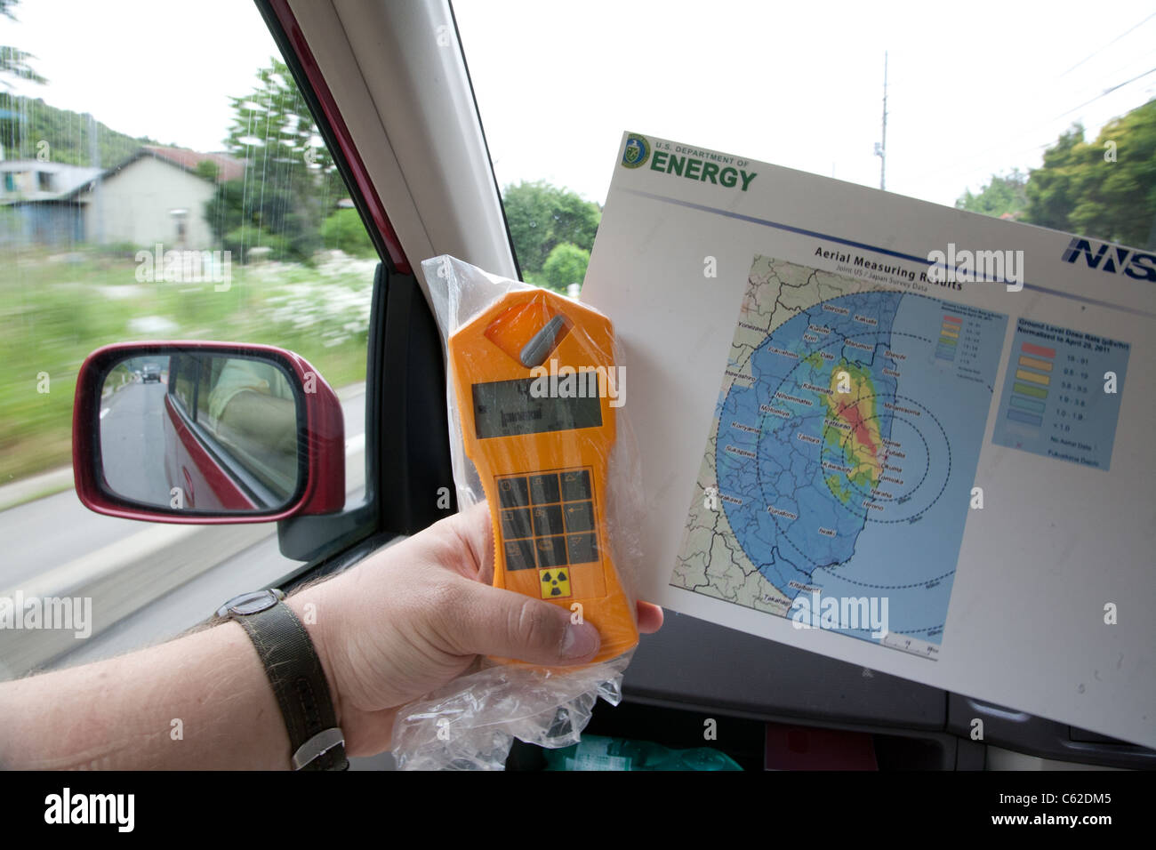 Geiger Counter Stock Photos Images Alamy Diagram Driving Through Fukushima Prefecture Holding And Radiation Map Image
