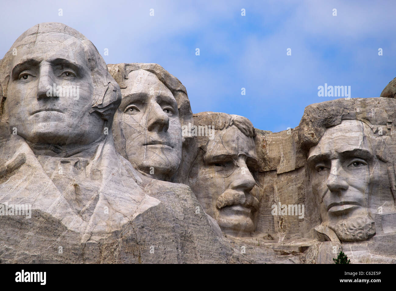 Heads of four american presidents carved in mount rushmore