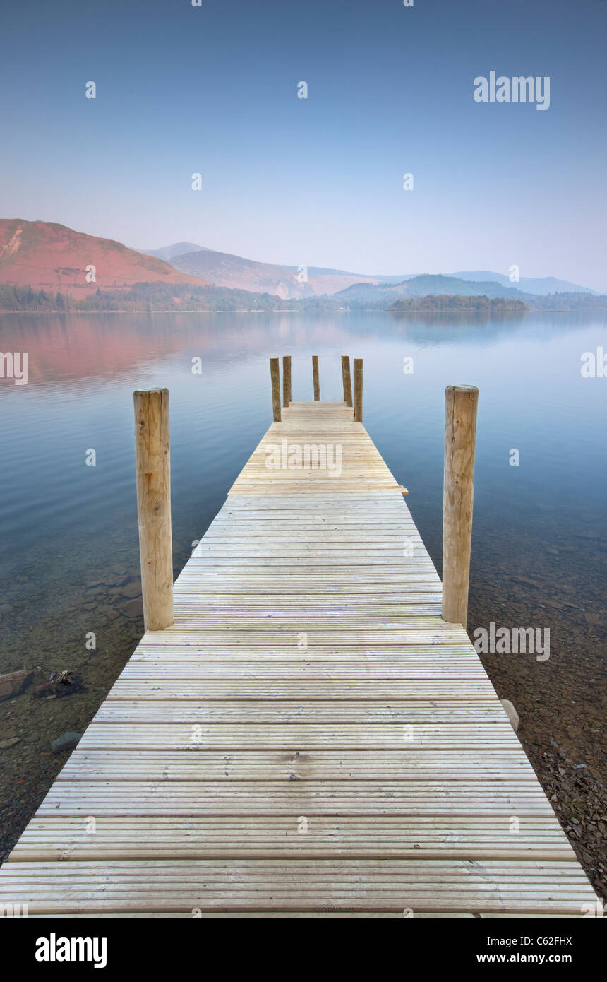 Derwentwater Jetty, Lake District. - Stock Image