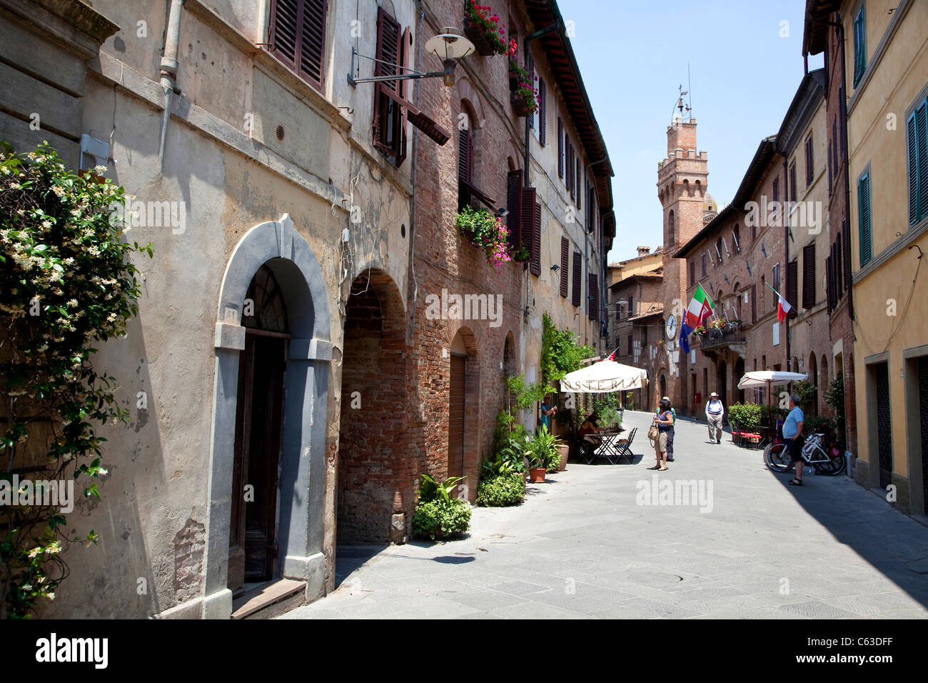 The walled medieval town of Buonconvento, Siena, Tuscany, Italy, Europe Stock Photo