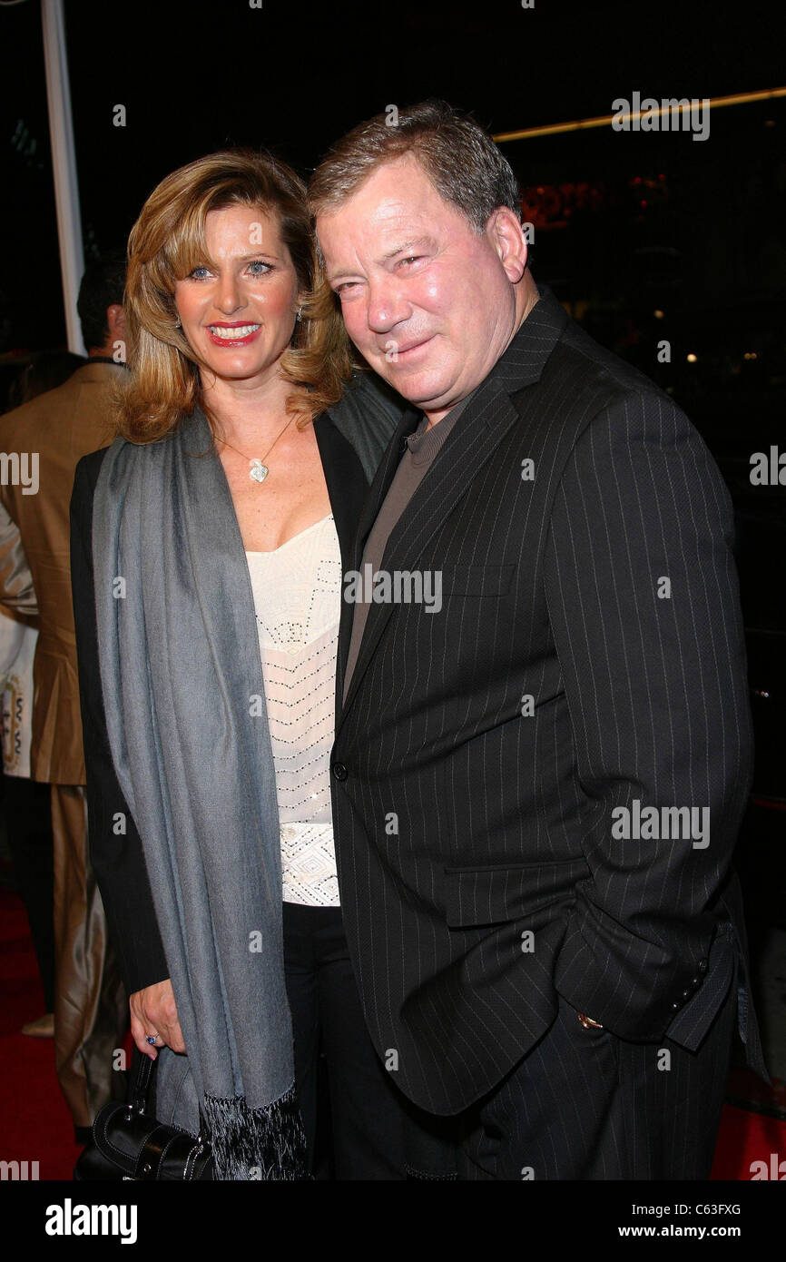 Elizabeth Anderson Martin, William Shatner at arrivals for MISS CONGENIALITY 2 Premiere, Grauman's Chinese Theatre, - Stock Image
