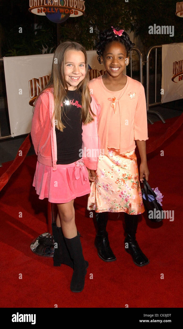 Taylor Atelian and friend at premiere of MEET THE FOCKERS, Los Angeles, CA December 16, 2004. Photo by: John Hayes/Everett - Stock Image