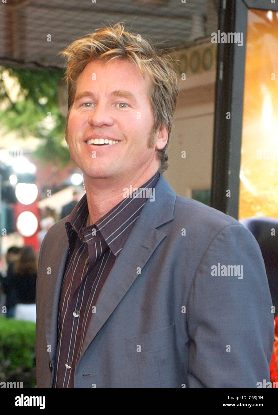Val Kilmer at the premiere of SPIDER-MAN 2, Los Angeles, Calif,  June 22, 2004. (John Hayes/Everett Collection) - Stock Image