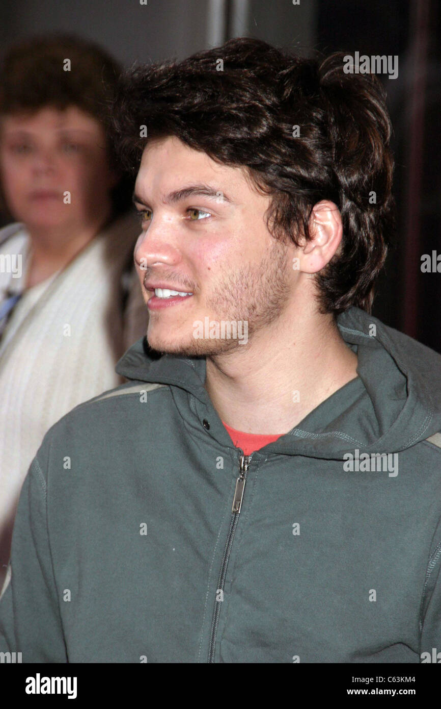 Emile Hirsch at arrivals for Cinderella Man Premiere, Loews Lincoln Square Theater, New York, NY, June 1, 2005. - Stock Image