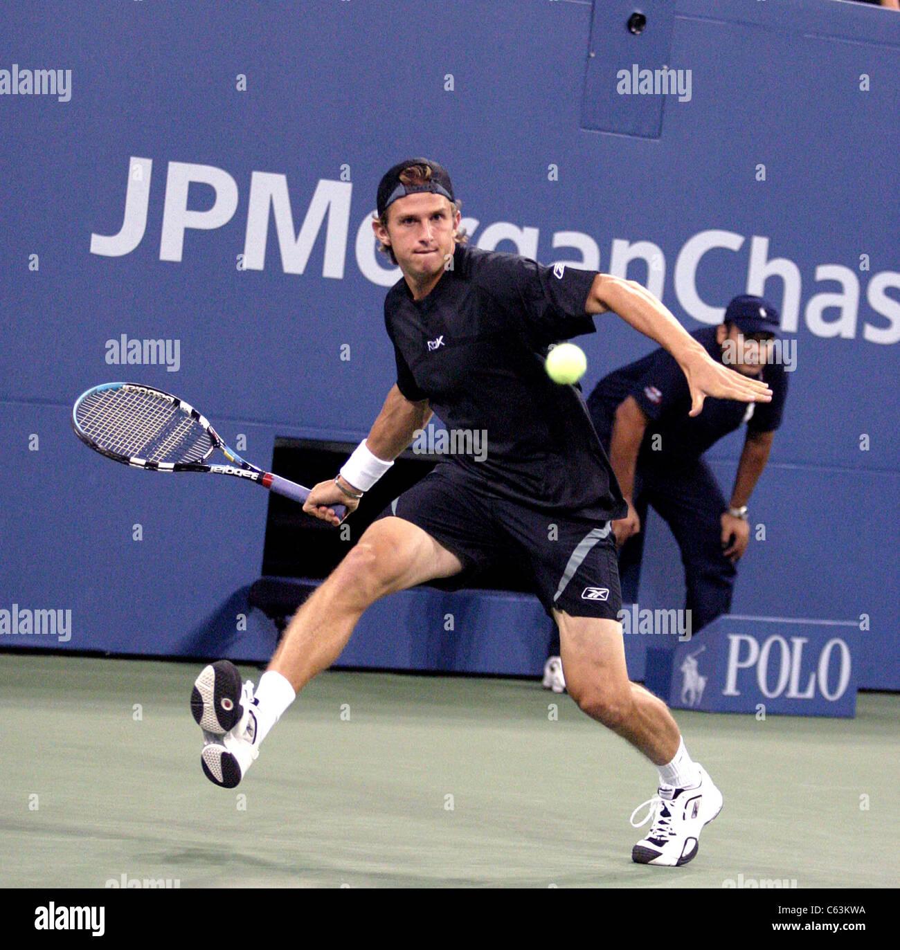Igor Andreev inside for U.S. Open Tennis Tournament, Arthur Ashe Stadium, Flushing, NY, September 01, 2005. Photo - Stock Image