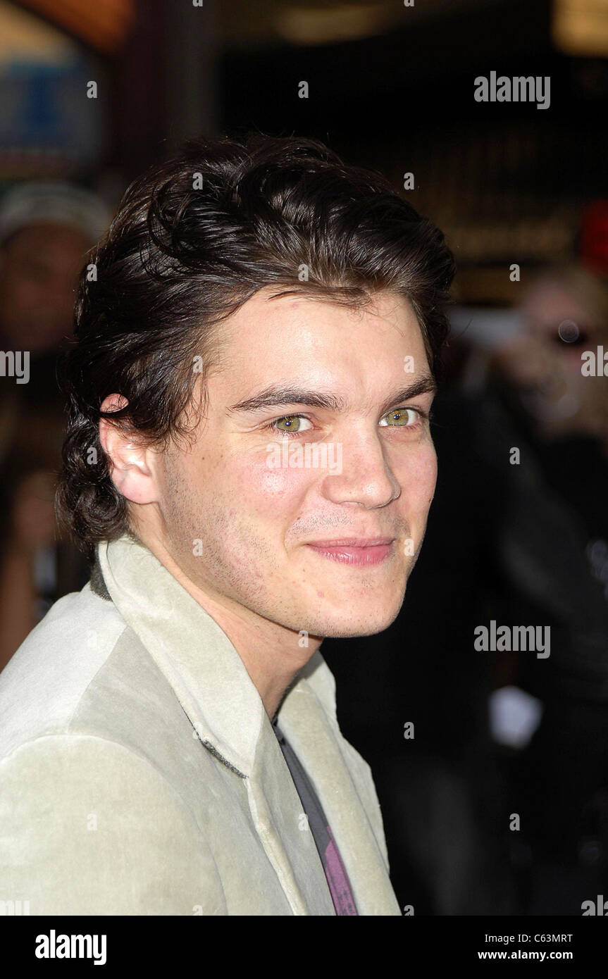 Emile Hirsch at arrivals for War of the Worlds Premiere, Grauman's Chinese Theatre, Los Angeles, CA, Monday, - Stock Image