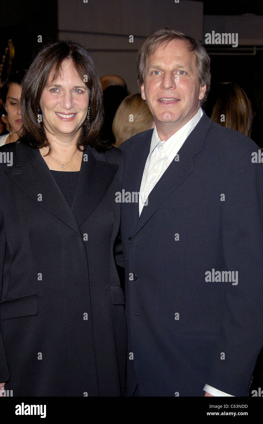 Lucy Fisher, Douglas Wick at arrivals for JARHEAD Premiere, The Arclight Hollywood Cinema, Los Angeles, CA, October - Stock Image