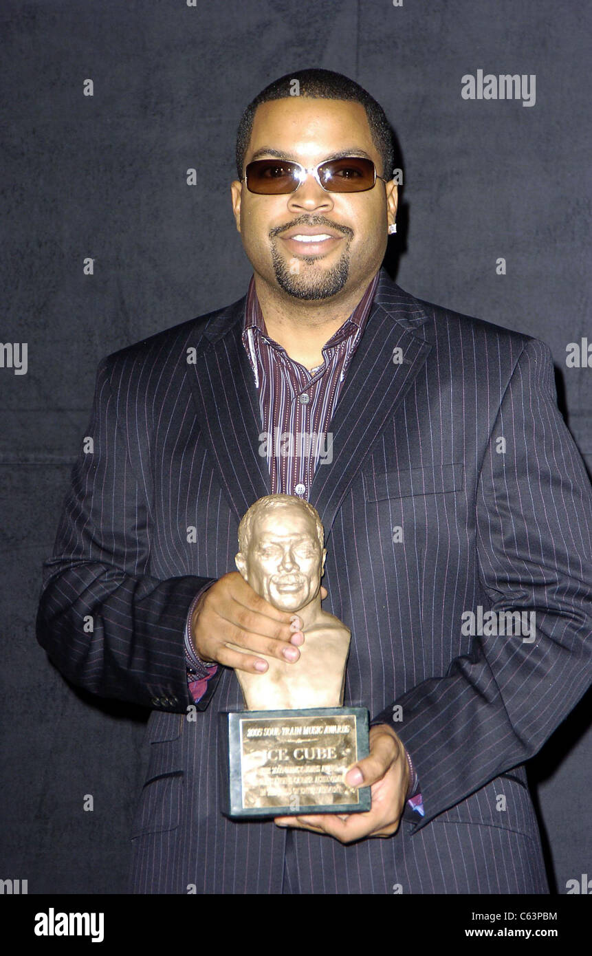 Ice Cube in the press room for 2005 Soul Train Music Awards, Paramount Studios, Los Angeles, CA, Monday, February - Stock Image