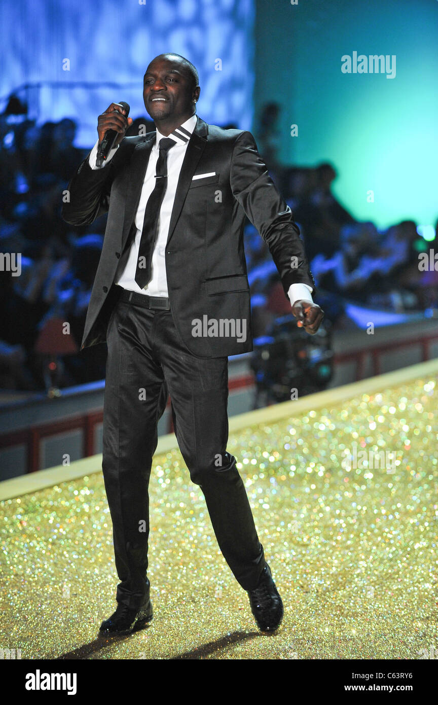 Akon on the runway for The Victoria's Secret Fashion Show - Runway, Lexington Armory, New York, NY November - Stock Image