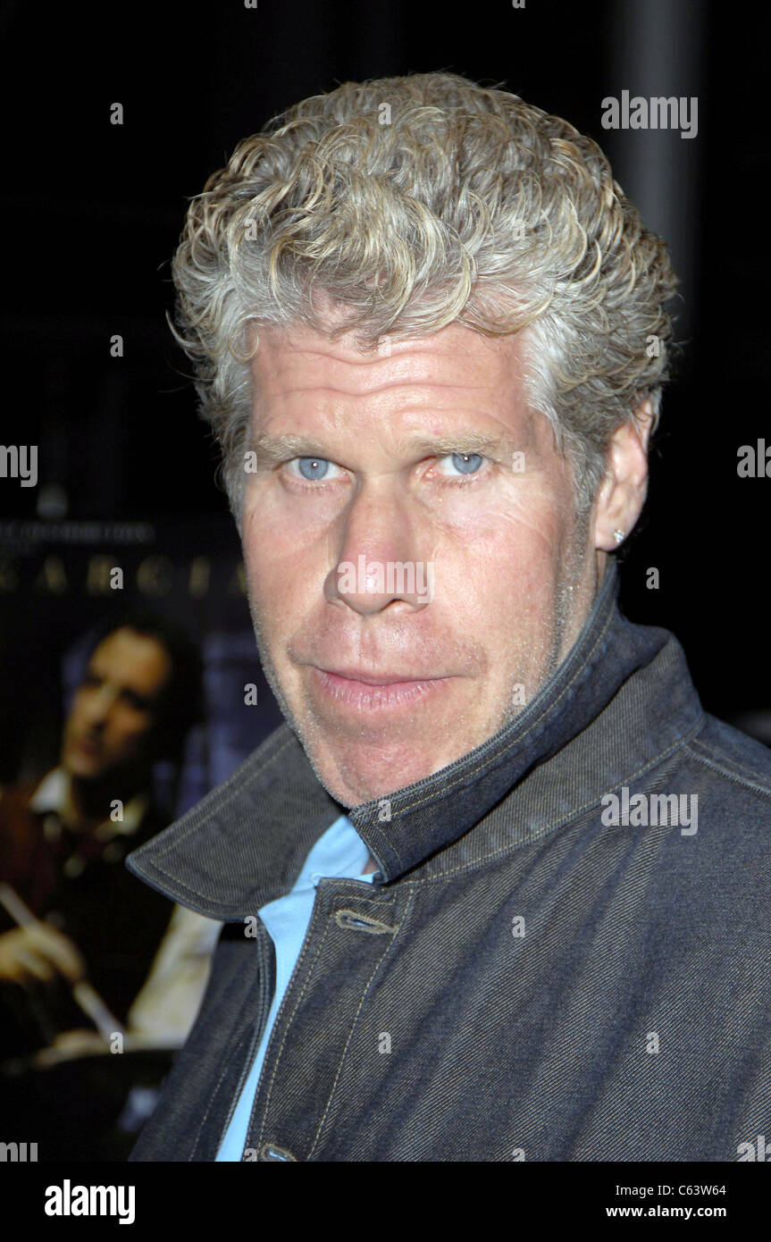 Ron Perlman at arrivals for MODIGLIANI premiere, Arclight Cinema, Los Angeles, CA, Thursday, May 05, 2005. Photo - Stock Image
