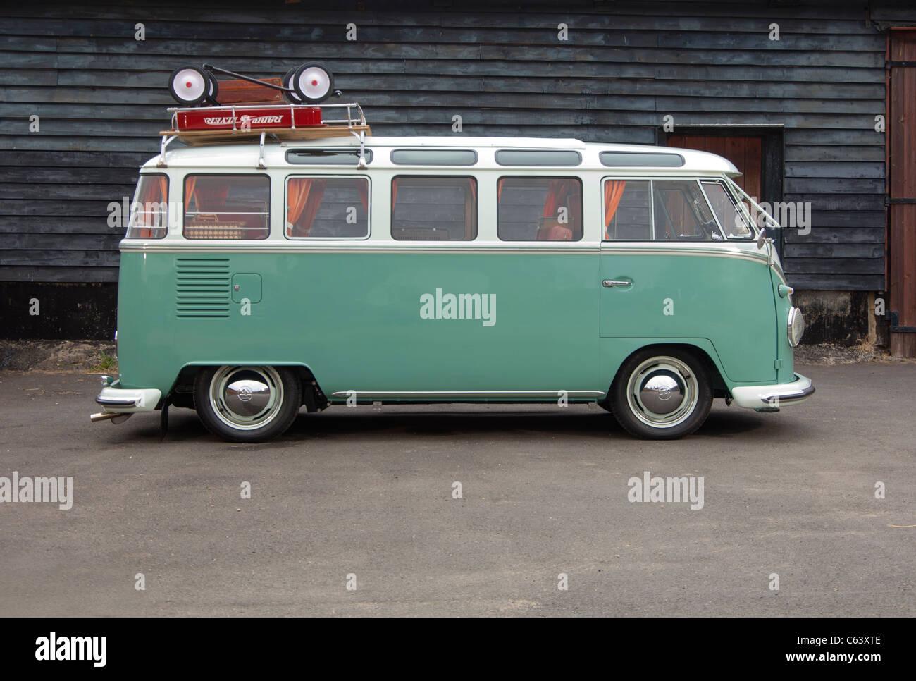 Classic VW Volkswagen Spit Screen 21 window camper van bus - Stock Image