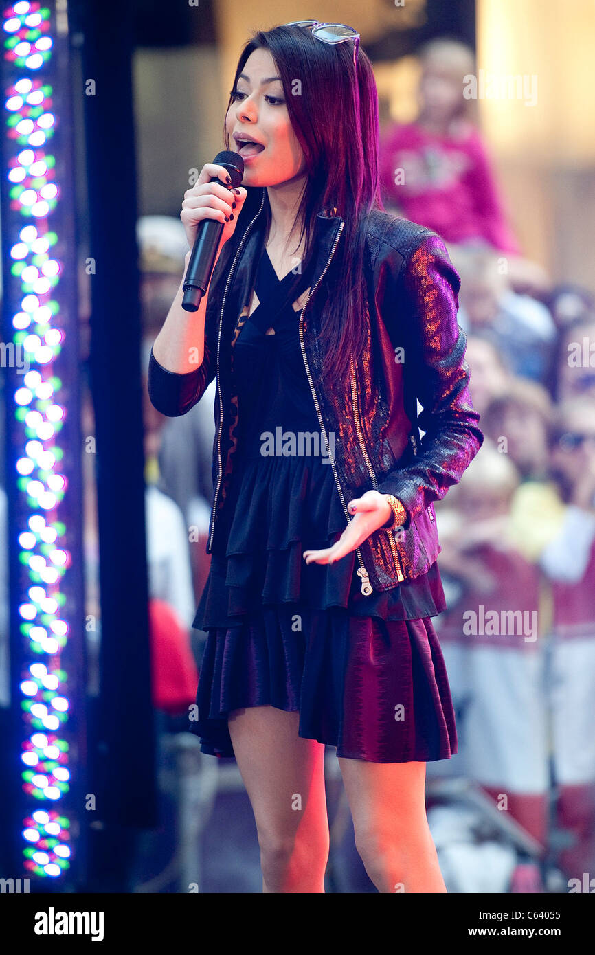 Miranda Cosgrove on stage for NBC Today Show Concert Series with Miranda Cosgrove, Rockefeller Plaza, New York, - Stock Image