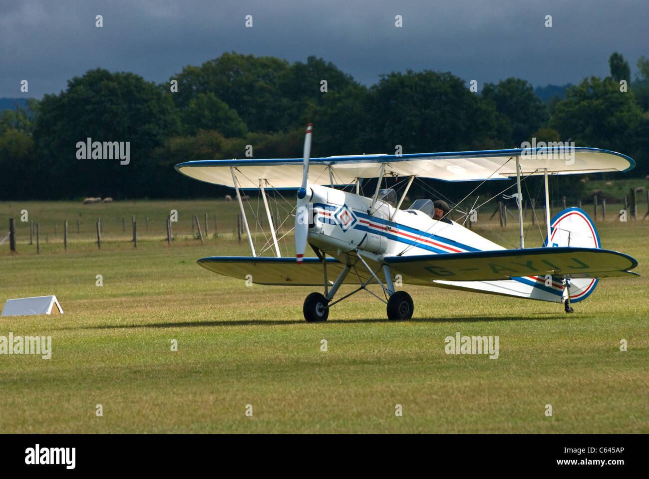 Stampe bi-plane G-AYIJ - Stock Image
