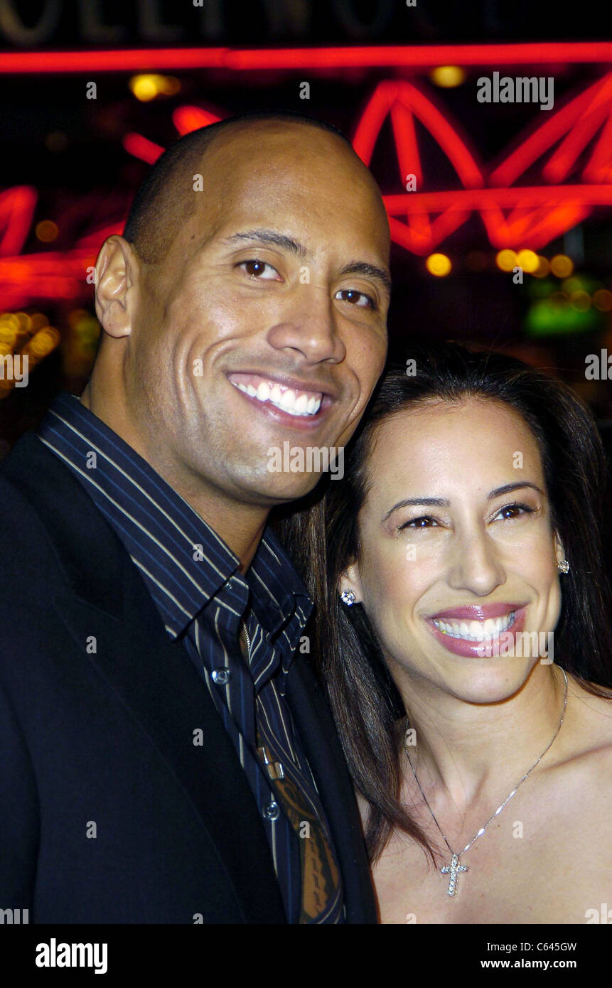 Dwayne The Rock Johnson, Deny Johnson at arrivals for BE COOL Premiere, Grauman's Chinese Theater, Los Angeles, - Stock Image