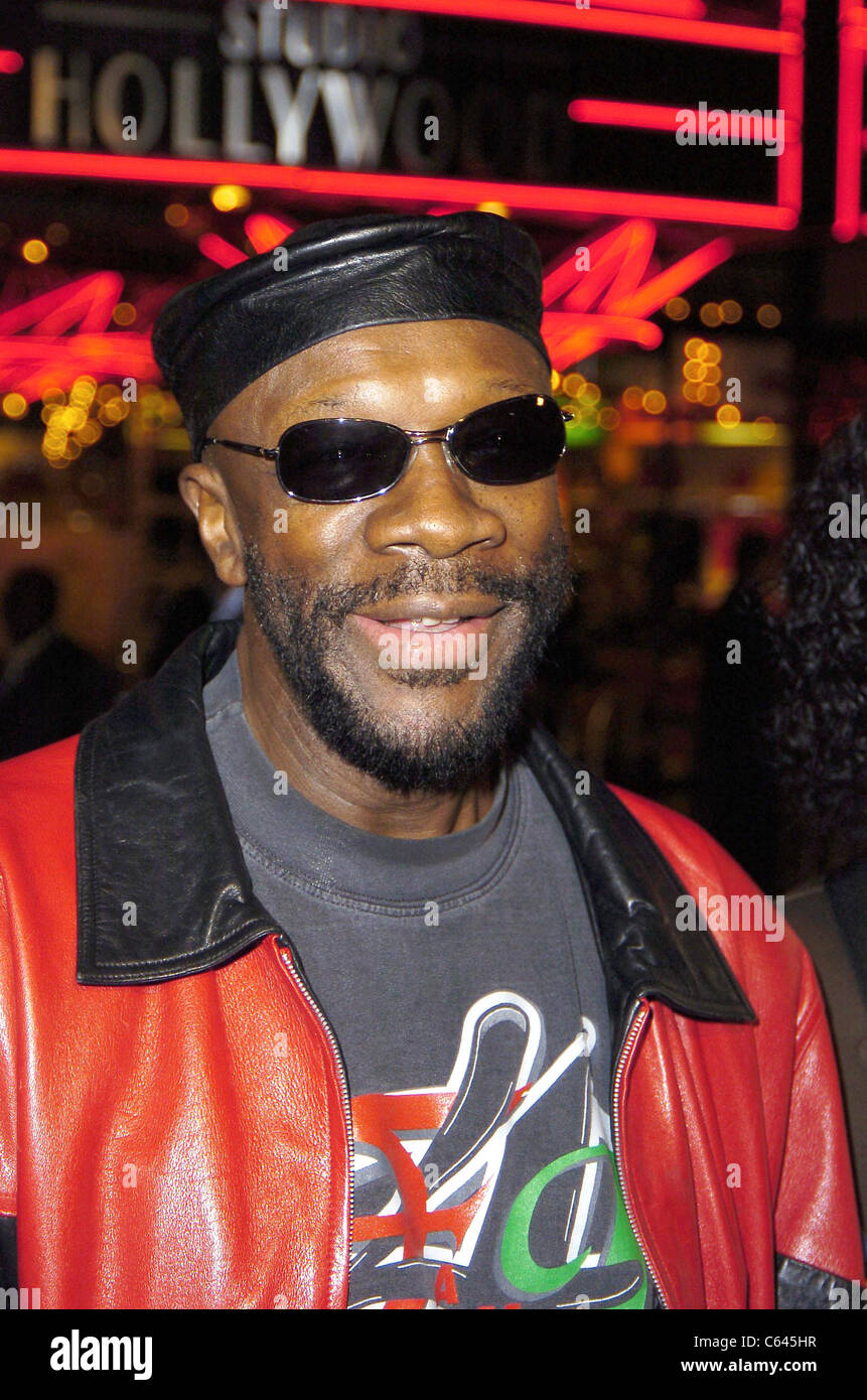 Isaac Hayes at arrivals for BE COOL Premiere, Grauman's Chinese Theater, Los Angeles, CA, Monday, February 14, - Stock Image
