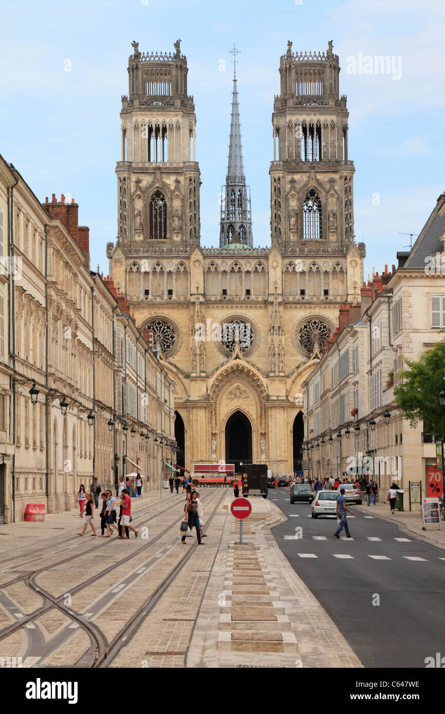 Rue Jeanne d'Arc towards the Cathedral, Orleans, Loiret, France. - Stock Image