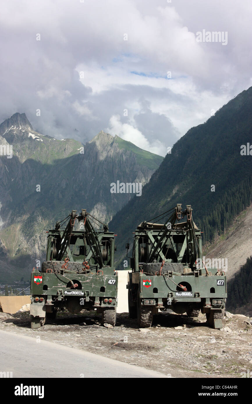 Indian Army Truck Stock Photos Indian Army Truck Stock Images Alamy