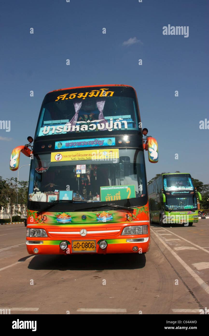 Luxury Bus Stock Photos & Luxury Bus Stock Images - Alamy