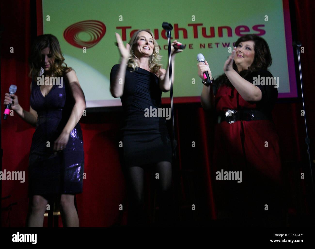 Wendy Wilson, Chynna Phillips, Carnie Wilson (Wilson Phillips) in attendance for Wilson Phillips Christmas in Harmony - Stock Image