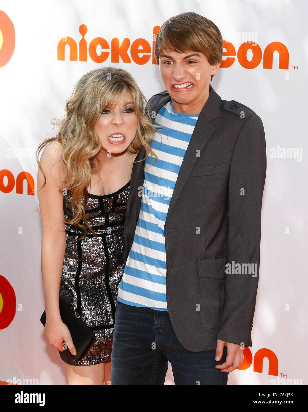 Jennette McCurdy, Lucas Cruikshank at arrivals for FRED: THE MOVIE Premiere, Paramount Theatre, Los Angeles, CA - Stock Image