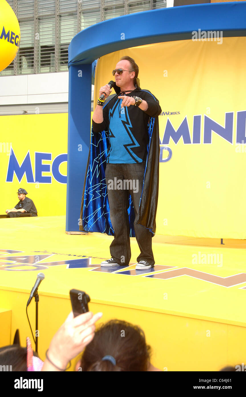 Tom McGrath at a public appearance for DreamWorks Animation & Guinness World Records' Largest Superhero - Stock Image