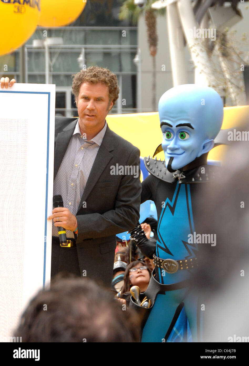 Will Ferrell, Megamind at a public appearance for DreamWorks Animation & Guinness World Records' Largest - Stock Image