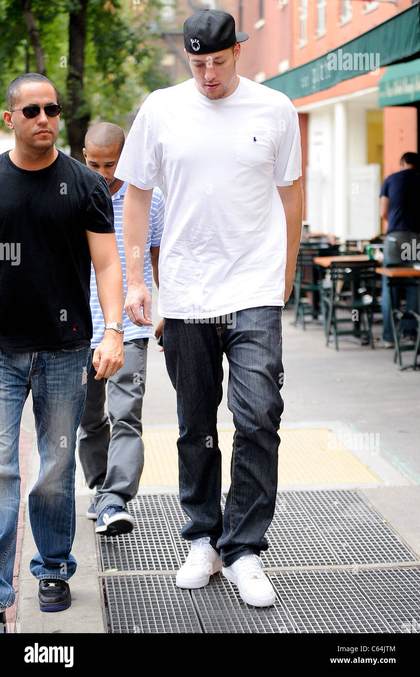 Professional basketball player David Lee, leaves Bar Pitti out and about for CELEBRITY CANDIDS - TUESDAY, , New Stock Photo