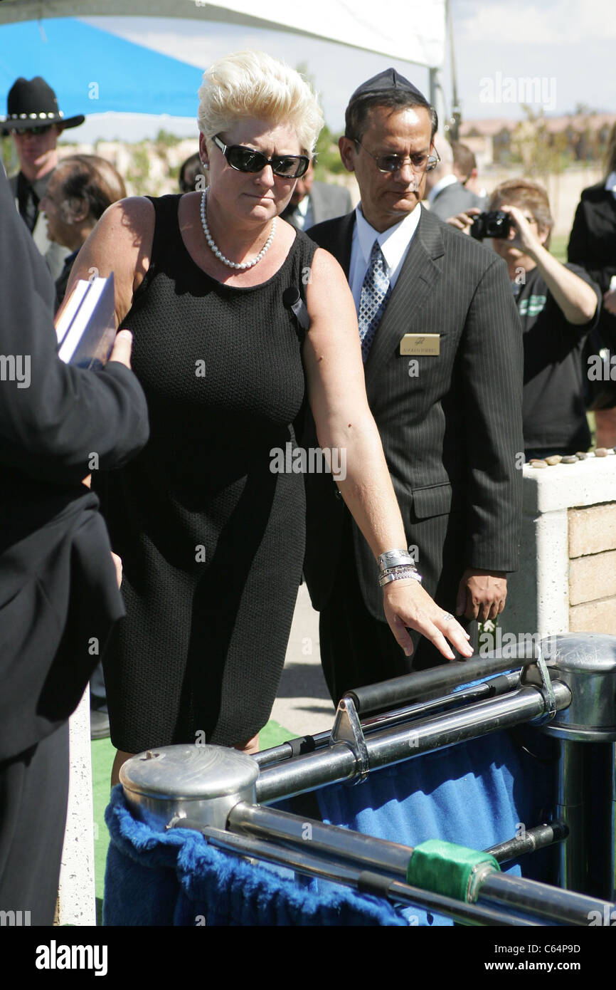 Jill Vandenberg at a public appearance for Funeral
