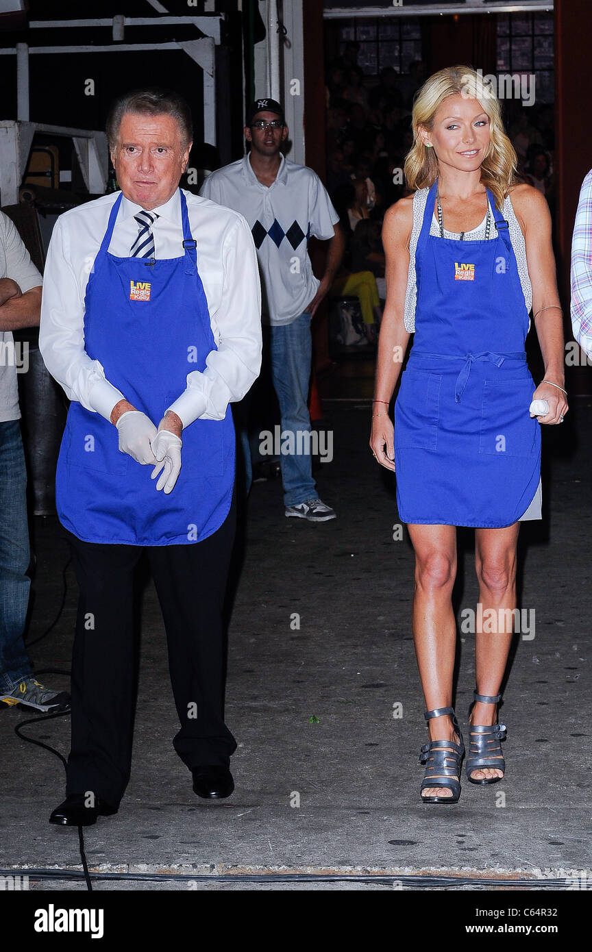 Television personalities Regis Philbin, Kelly Ripa, tape a segment at the ABC Lincoln Center Studios out and about - Stock Image