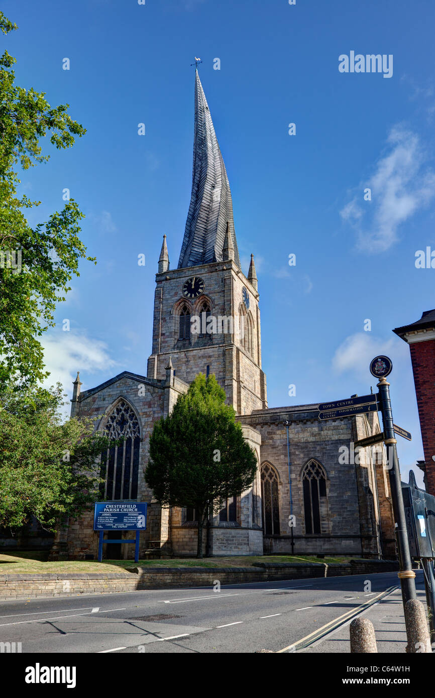 The Parish Church of St. Mary and All Saints, Chesterfield, with its famous twisted spire - Stock Image